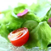 レタスなどの葉野菜をシャキシャキのまま保存する方法