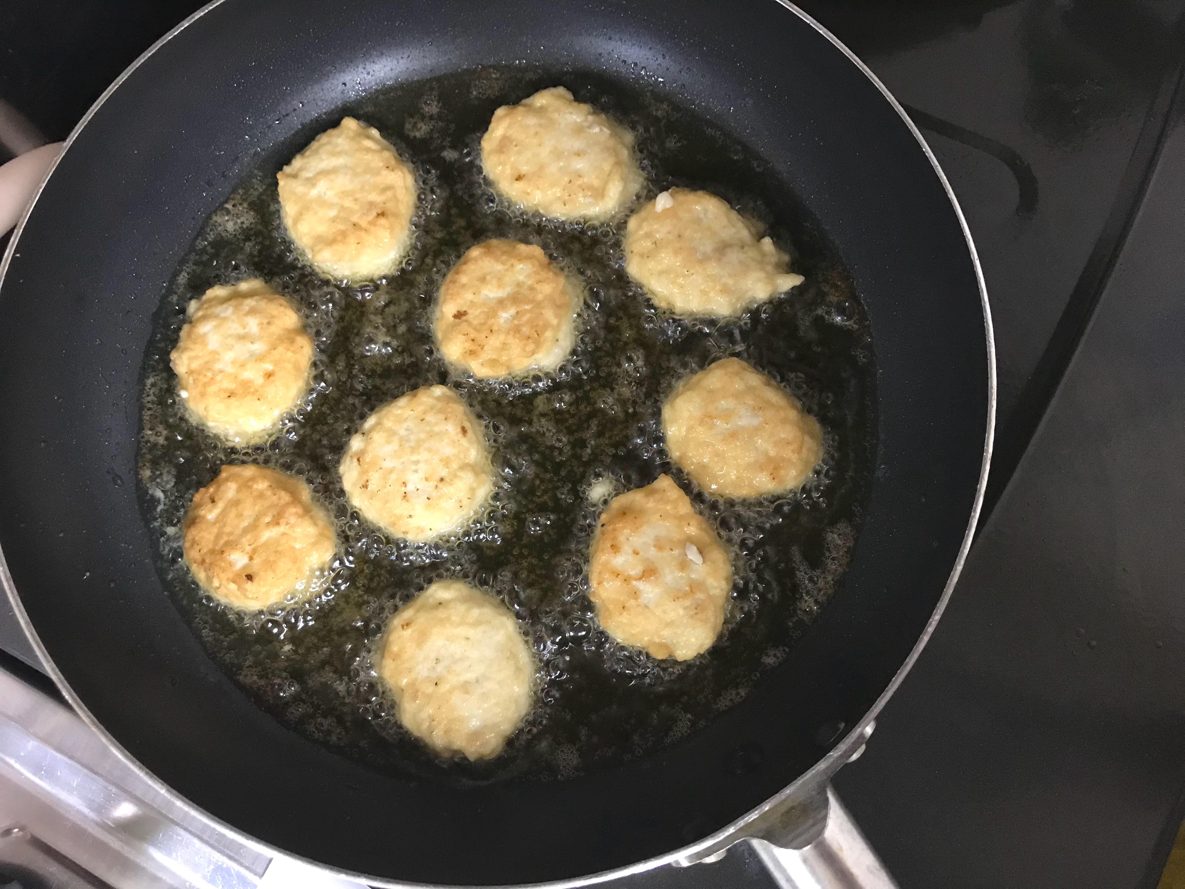 チキンナゲットを簡単にきれいに揚げるコツ