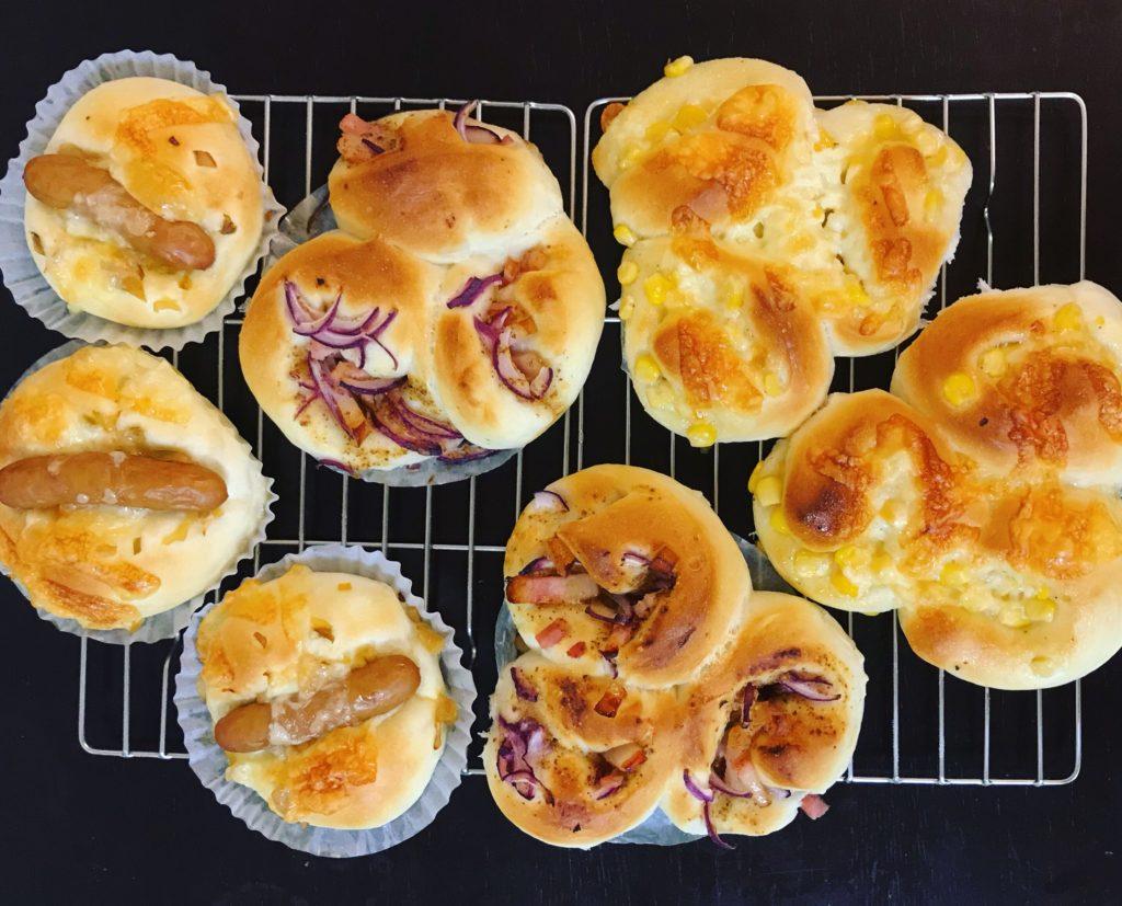 お弁当にも手作りおかずパン 3種類